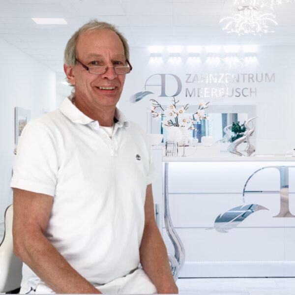 Dr. Jo Hückels